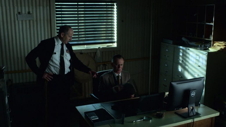 Dell All-In-One Computers in V Wars Season 1 Episode 6 (1)