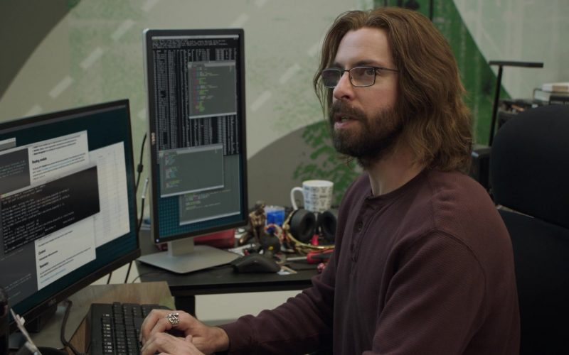Dell Computer Monitors Used by Martin Starr as Bertram Gilfoyle in Silicon Valley Season 6 Episode 6