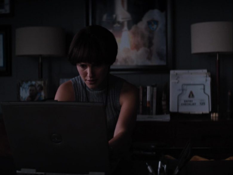 Dell Laptop Used by Natalie Portman in Lucy in the Sky (1)