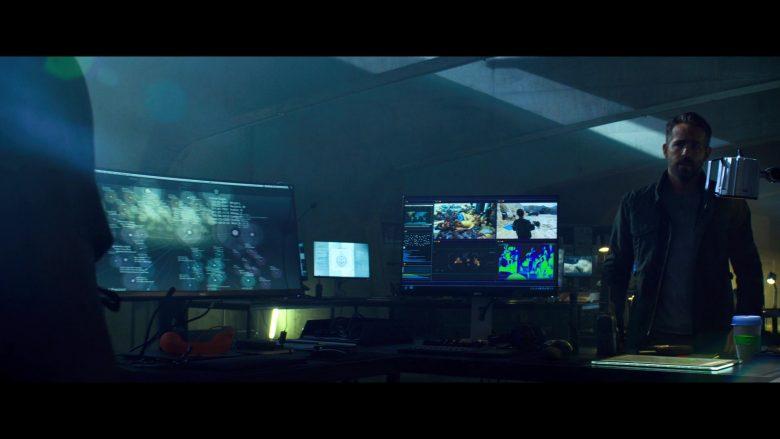Dell Monitors in 6 Underground (2019)