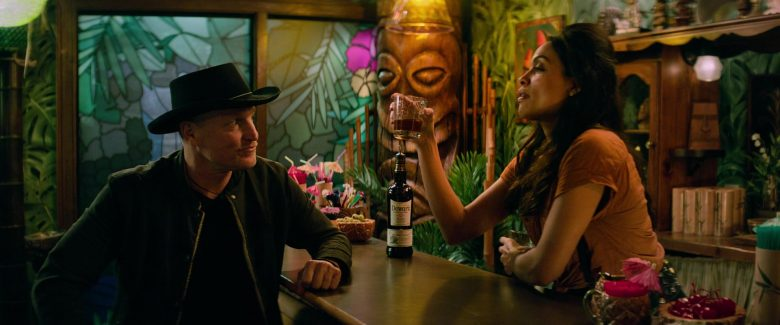 Dewar's Whisky Enjoyed by Woody Harrelson & Rosario Dawson in Zombieland Double Tap (1)