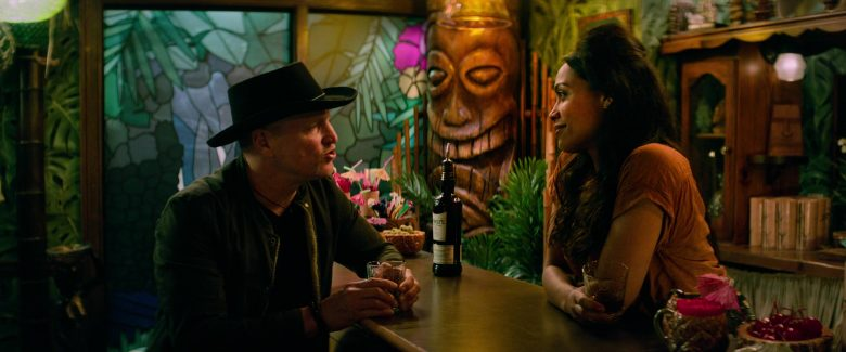 Dewar's Whisky Enjoyed by Woody Harrelson & Rosario Dawson in Zombieland Double Tap (2)