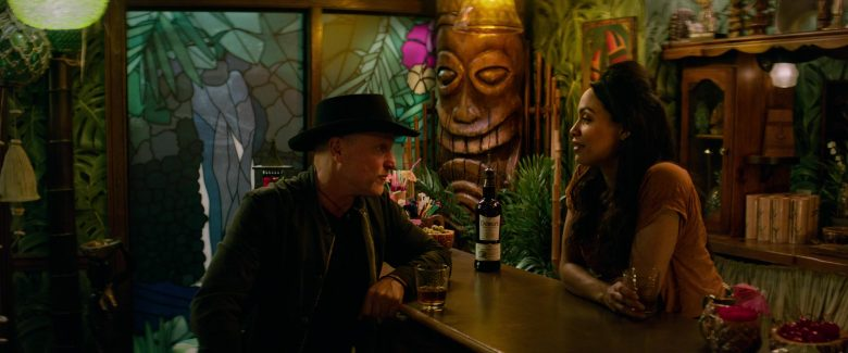 Dewar's Whisky Enjoyed by Woody Harrelson & Rosario Dawson in Zombieland Double Tap (3)