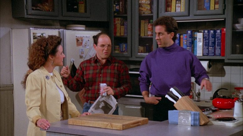 Diet Coke Can in Seinfeld Season 3 Episode 17 The Boyfriend (1)