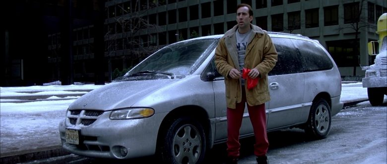 Dodge Grand Caravan Car Used by Nicolas Cage in The Family Man (2)