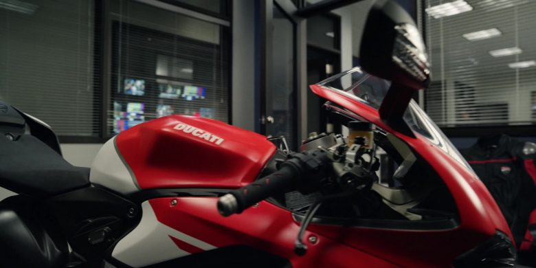 Ducati Motorcycle in The Morning Show Season 1 Episode 8 (2)