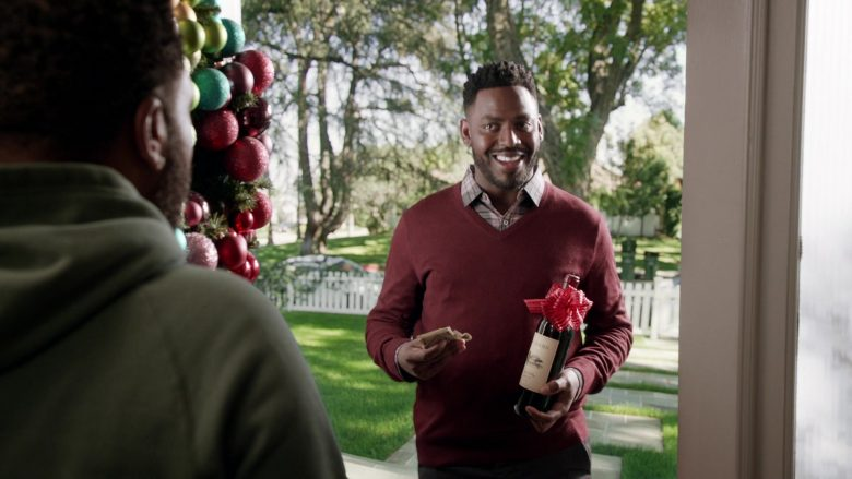 Duckhorn Wine in Black-ish Season 6 Episode 10 Father Christmas