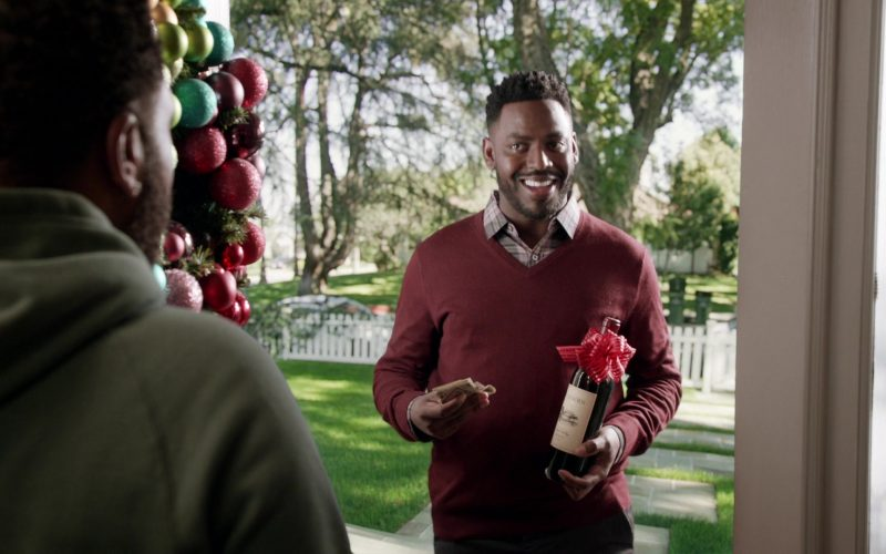Duckhorn Wine in Black-ish Season 6 Episode 10 Father Christmas
