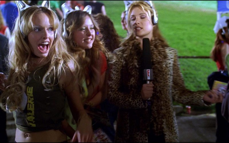 E! TV Channel in Josie and the Pussycats (1)