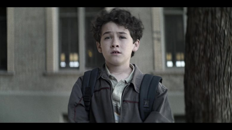 Everest Backpack Used by Young Joe Goldberg in YOU Season 2 Episode 10 Love, Actually (2)