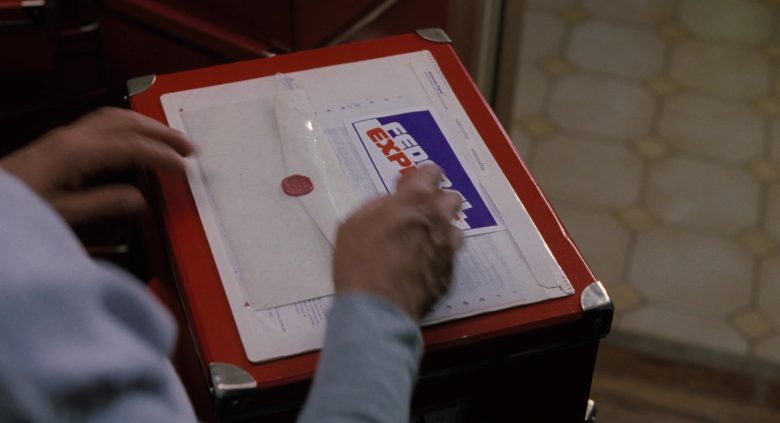 Federal Express (FedEx) in The Santa Clause (2)