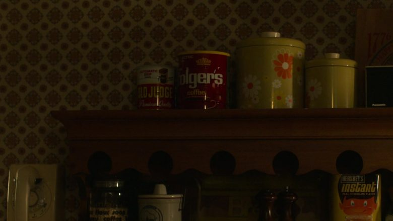 Folgers Coffee, Hershey's Instant in Ray Donovan Season 7 Episode 7 The Transfer Agent