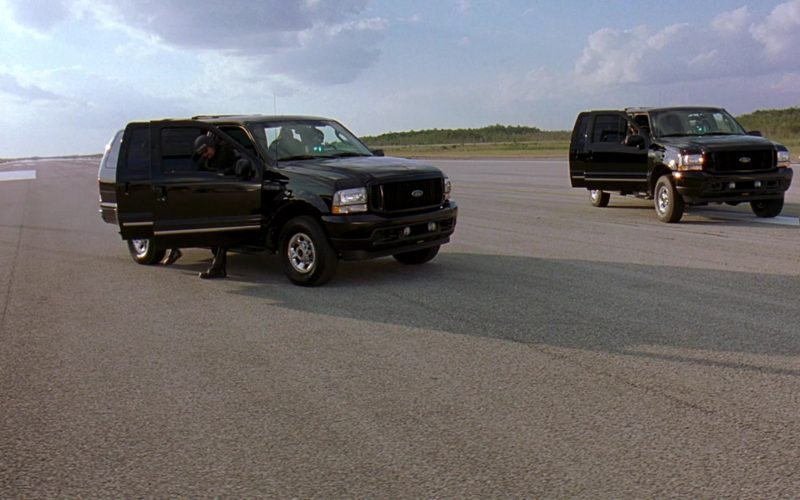 Ford Excursion Black Cars in 2 Fast 2 Furious (1)
