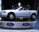 Ford Mustang Convertible Car in Josie and the Pussycats (3)