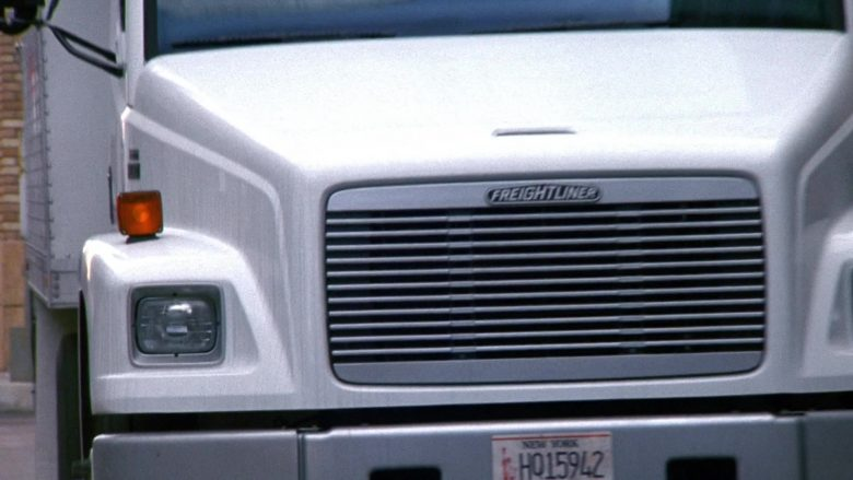 Freightliner Truck in Seinfeld Season 9 Episode 18 The Frogger (2)