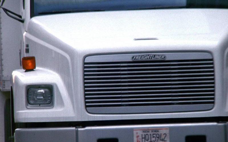 Freightliner Truck in Seinfeld Season 9 Episode 18 The Frogger (2)
