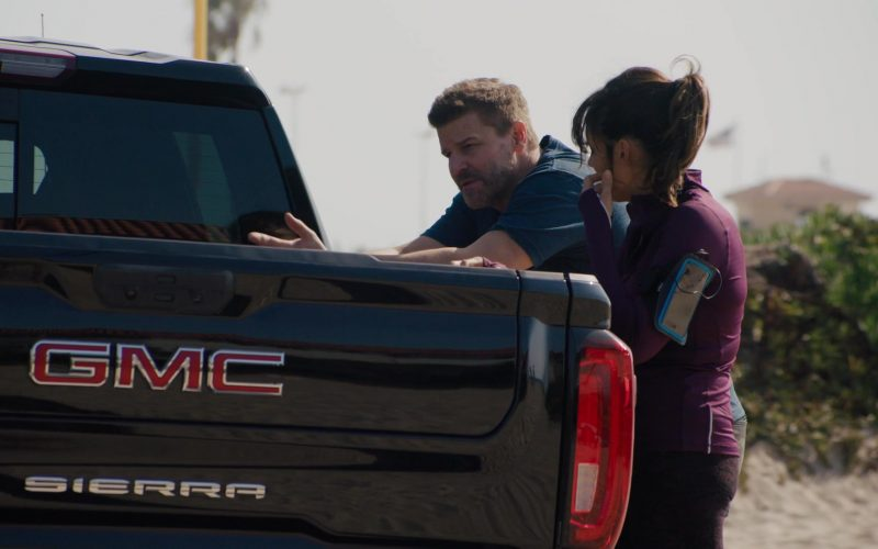 GMC Sierra Pickup Truck in SEAL Team Season 3 Episode 9 (2)