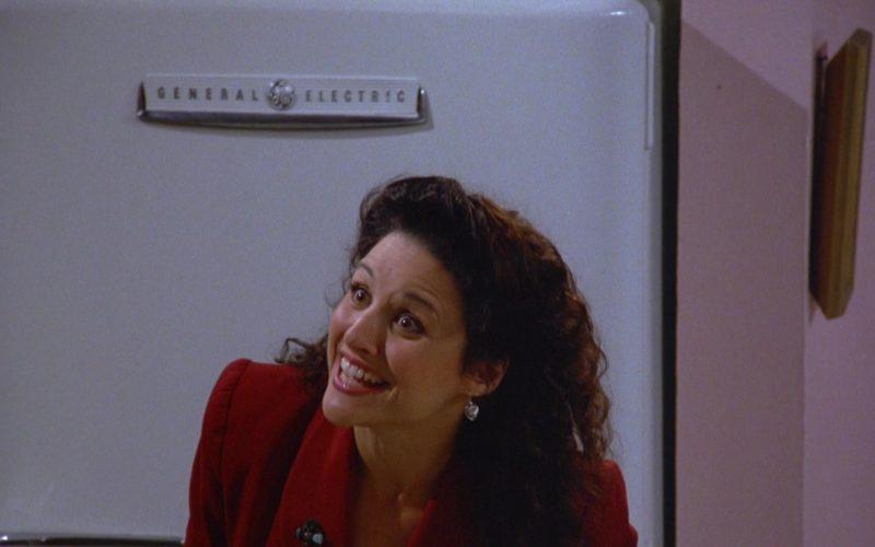 General Electric Refrigerator Used by Julia Louis-Dreyfus as Elaine Benes in Seinfeld Season 5 Episode 4 (4)