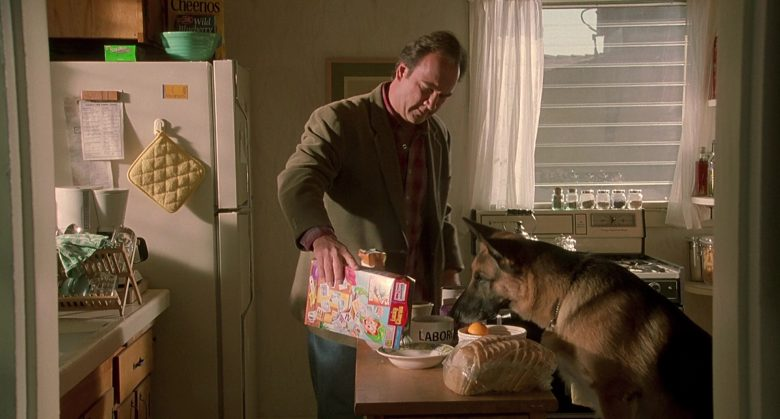 General Mills Lucky Charms Cereal Held by Jim Belushi in K-911 (1)