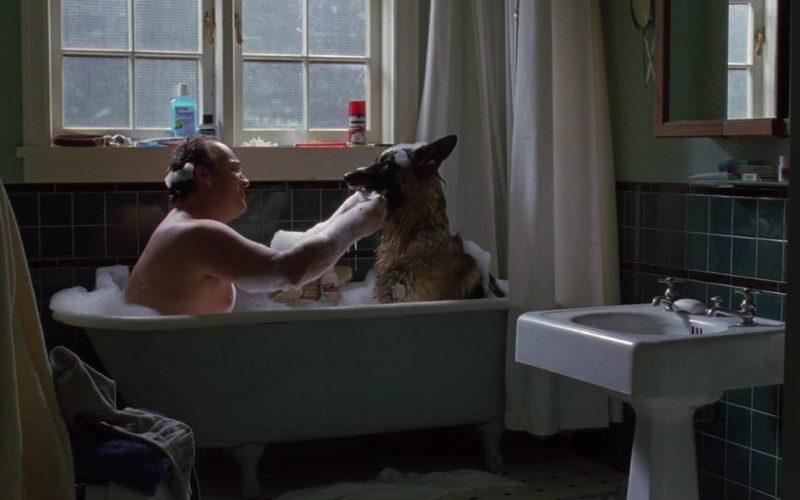 Gillette Foamy Shaving Cream in K-9 P.I. (2002)