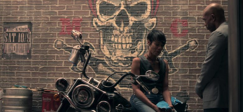Harley-Davidson Motorcycle in Truth Be Told Season 1 Episode 5 Graveyard Love (2)
