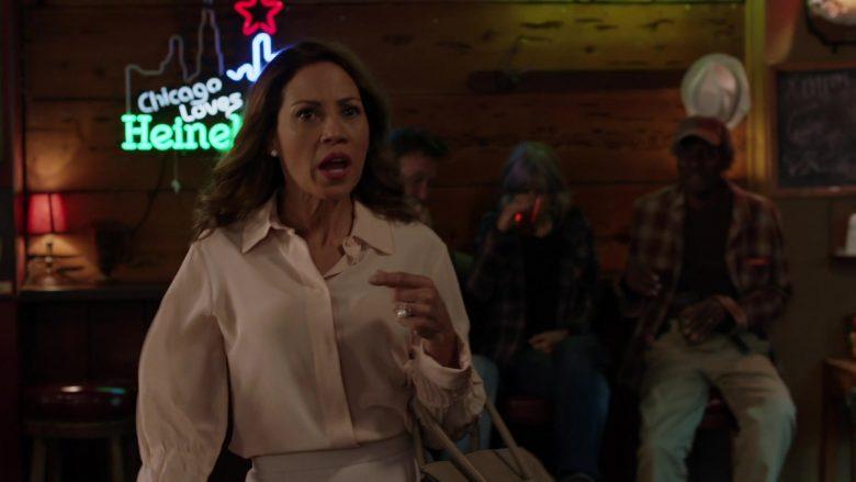 Heineken Neon Sign in Shameless Season 10 Episode 8 Debbie Might Be a Prostitute (2)