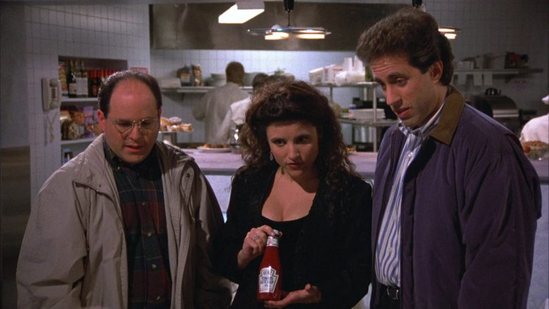 Heinz Ketchup Held by Julia Louis-Dreyfus as Elaine Benes in Seinfeld Season 4 Episode 16 (3)