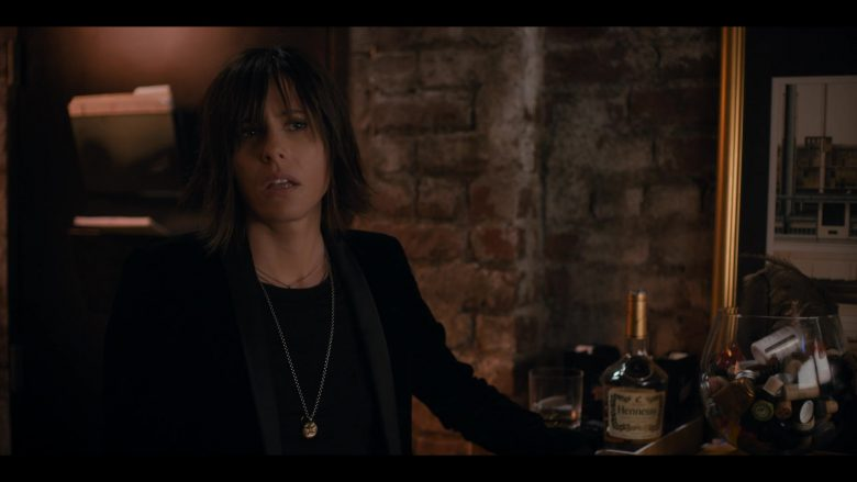 Hennessy Cognac Enjoyed by Katherine Moennig as Shane McCutcheon in The L Word Generation Q Season 1 Episode 3 Lost Love (3)