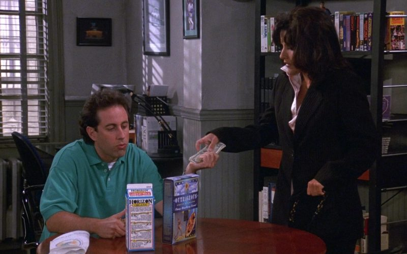 Horizon Organic Low Fat Milk in Seinfeld Season 9 Episode 2 The Voice (1)