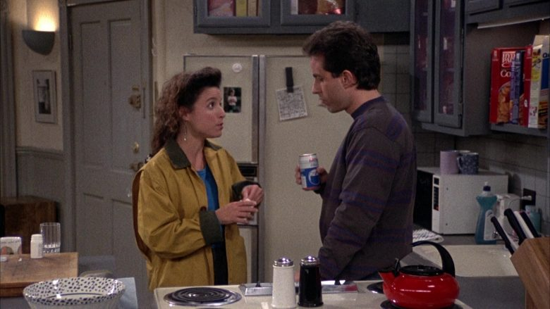 Iris Cola Enjoyed by Jerry Seinfeld in Seinfeld Season 2 Episode 12 The Busboy (5)