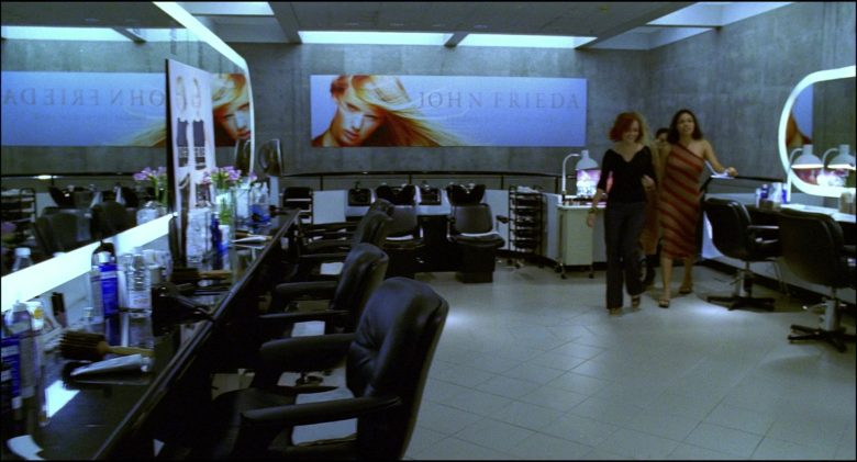 John Frieda Hair Salon in Josie and the Pussycats (3)