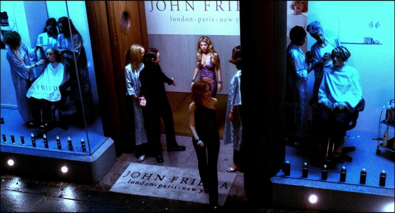 John Frieda Hair Salon in Josie and the Pussycats (5)