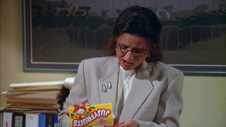 Jujyfruits Candies Enjoyed by Julia Louis-Dreyfus as Elaine Benes in Seinfeld Season 5 Episode 22 (10)