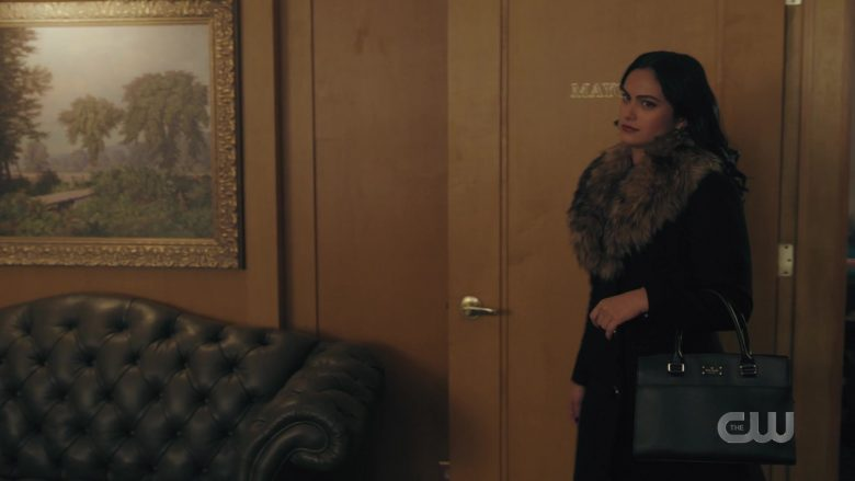 Kate Spade Handbag Held by Camila Mendes as Veronica Lodge in Riverdale Season 4 Episode 9 (1)