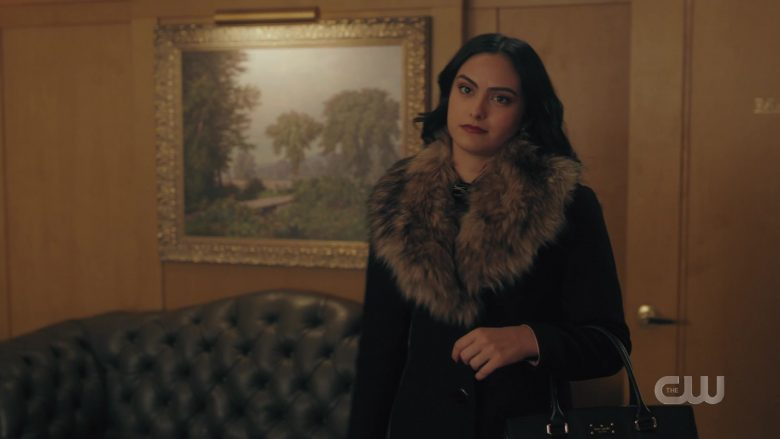 Kate Spade Handbag Held by Camila Mendes as Veronica Lodge in Riverdale Season 4 Episode 9 (2)