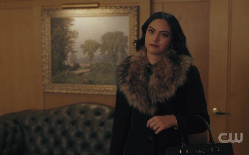 Kate Spade Handbag Held by Camila Mendes as Veronica Lodge in Riverdale Season 4 Episode 9 (2)