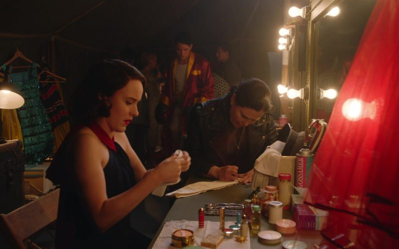 Kleenex Tissues Used by Rachel Brosnahan as Miriam 'Midge' Maisel in The Marvelous Mrs. Maisel