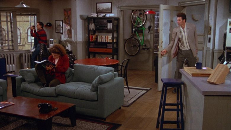Klein Green Bicycle in Seinfeld Season 3 Episode 7 The Café (5)