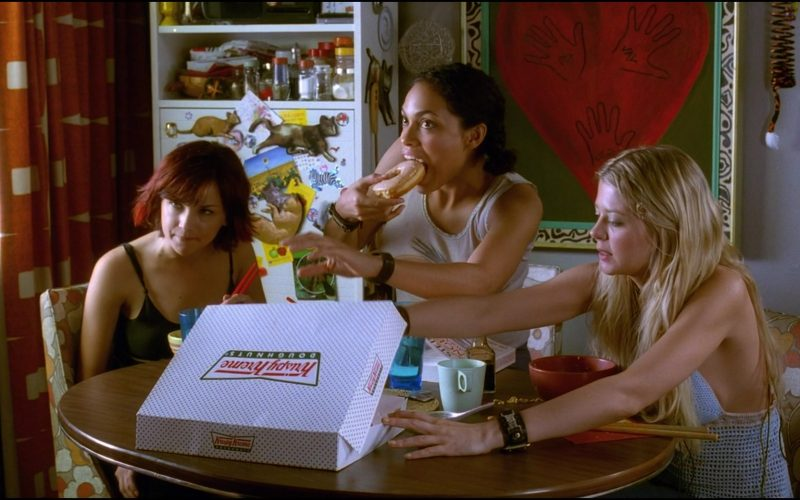 Krispy Kreme Doughnuts Enjoyed by Rachael Leigh Cook, Rosario Dawson & Tara Reid in Josie and the Pussycats (1)