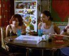 Krispy Kreme Doughnuts Enjoyed by Rachael Leigh Cook, Rosario Dawson & Tara Reid in Josie and the Pussycats (2)