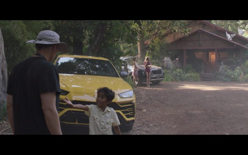 Lamborghini Urus Yellow Car in Silicon Valley Season 6 Episode 7 Exit Event (2)