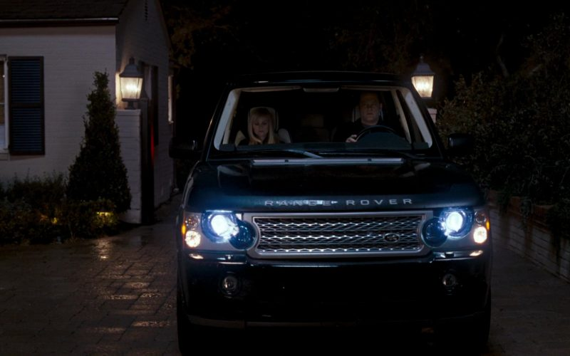Land-Rover Range Rover Series III SUV in Four Christmases (6)
