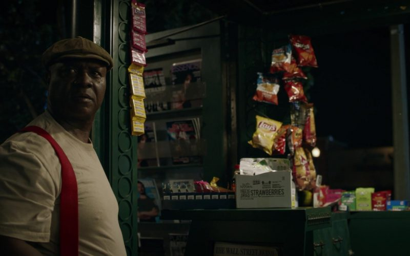 Lay's Chips in Watchmen Season 1 Episode 9 See How They Fly