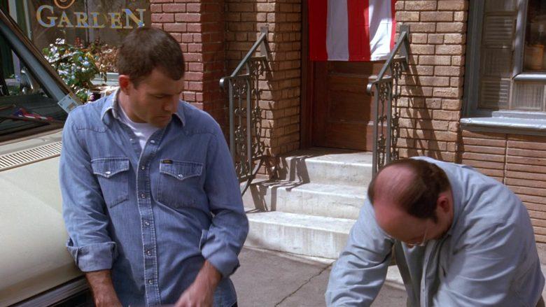 Lee Denim Shirt For Men in Seinfeld Season 9 Episode 20 The Puerto Rican Day (2)