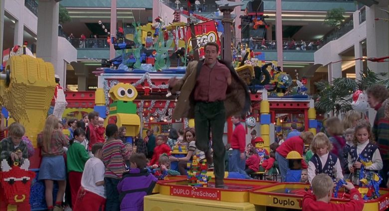 Lego Bricks in Jingle All the Way (2)