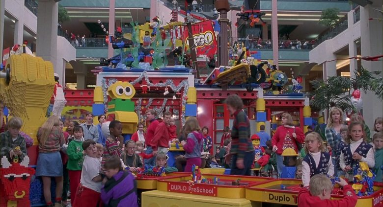 Lego Duplo in Jingle All the Way