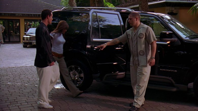 Lincoln Navigator Black SUV in 2 Fast 2 Furious (1)