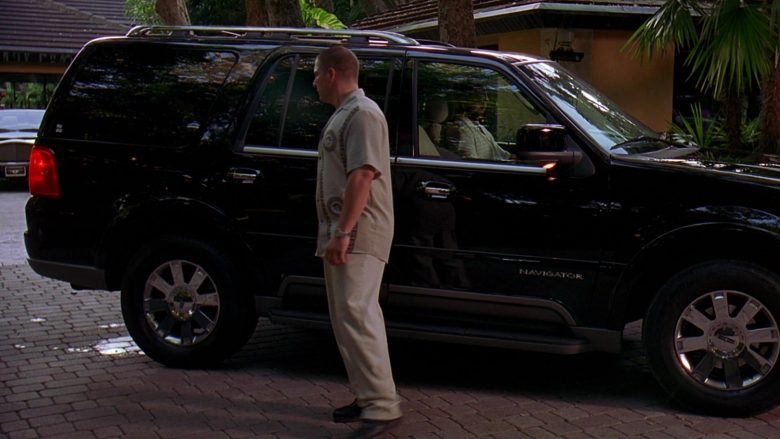 Lincoln Navigator Black SUV in 2 Fast 2 Furious (2)