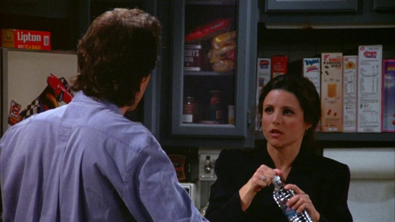 "Lipton Tea Pack in Seinfeld Season 5 Episode 17 ""The Wife"" (1994) - TV Show Product Placement"