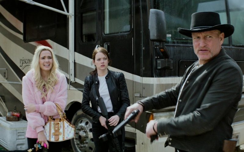 Louis Vuitton Handbag Held by Zoey Deutch as Madison in Zombieland Double Tap (5)